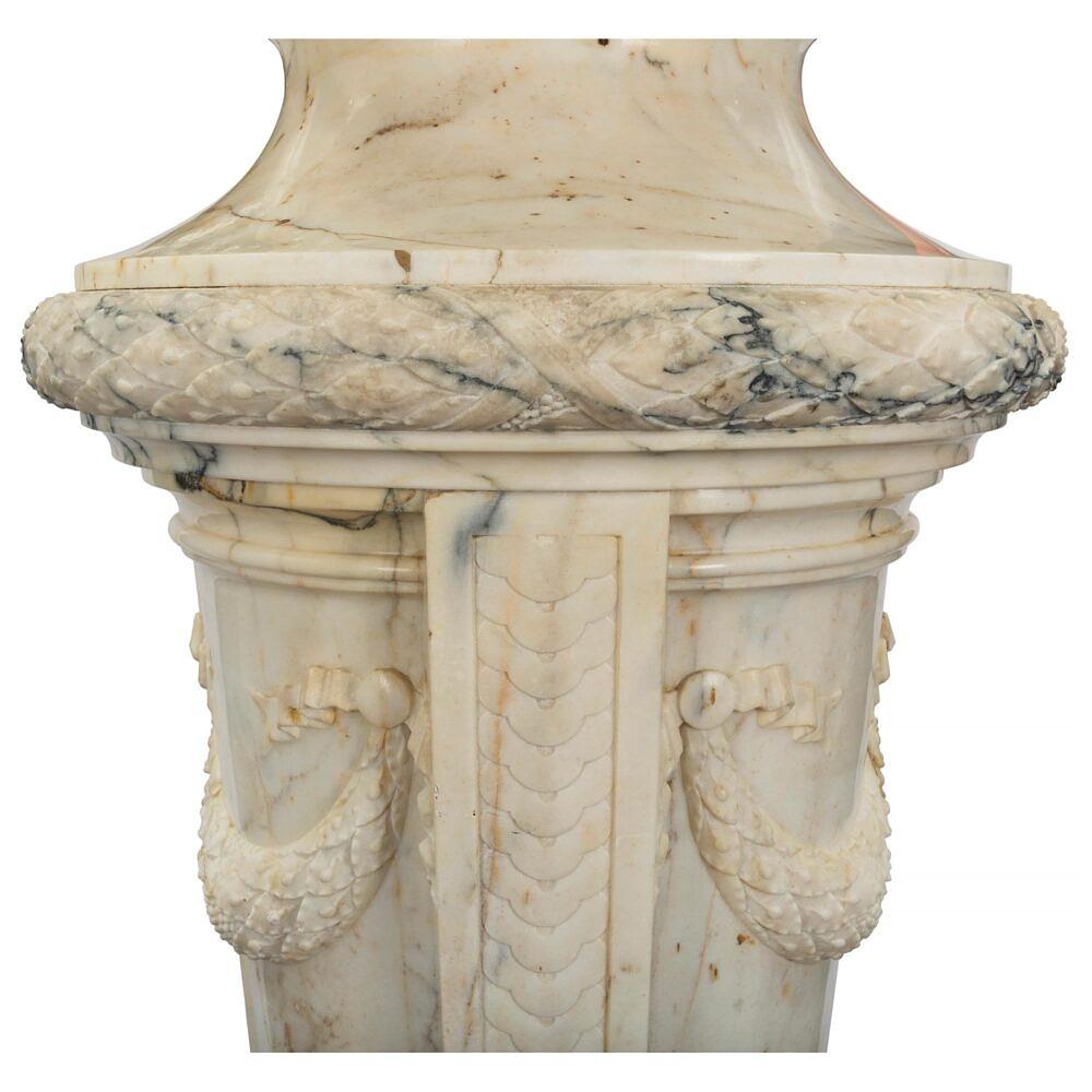 Pedestal_4web